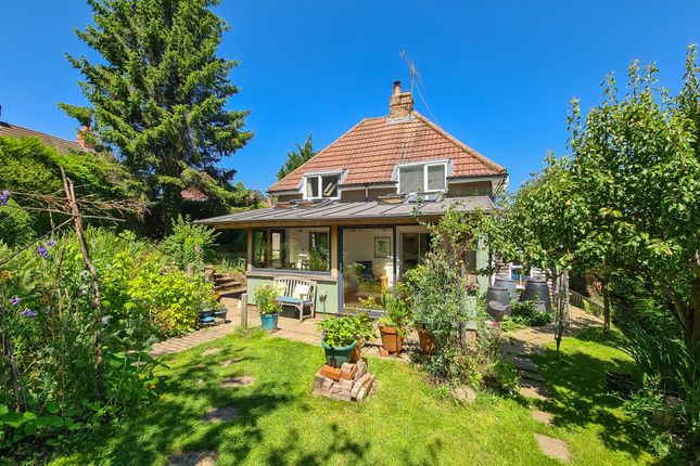 Thumbnail Detached house for sale in Upper Close, Forest Row