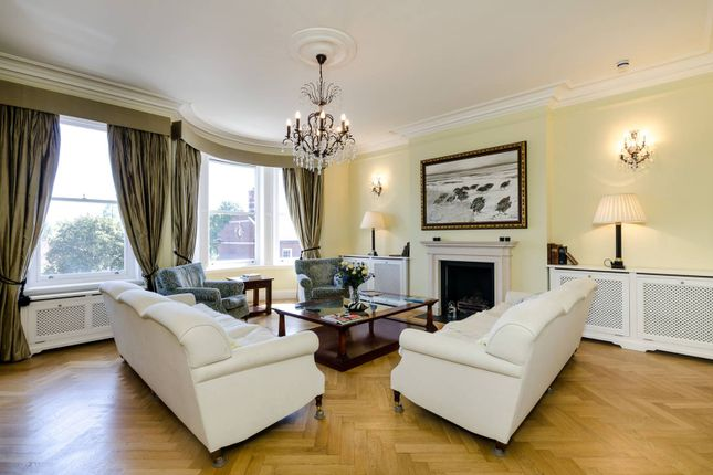 Thumbnail Property for sale in Cheyne Place, Chelsea