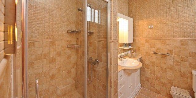 Bathroom of Spain, Málaga, Cártama
