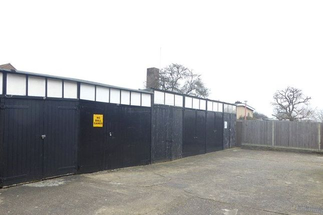 Hotel/guest house to let in Squires Court, Abingdon Road, London, Greater London
