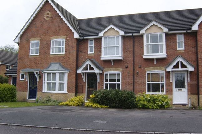 2 bed terraced house to rent in Doe Lea, Didcot