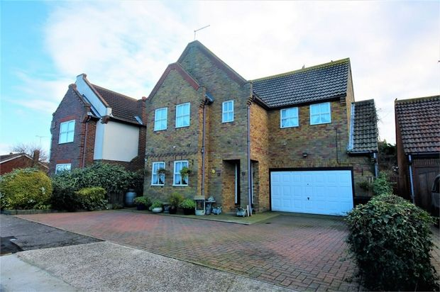 Thumbnail Detached house for sale in Seaway, Canvey Island, Essex