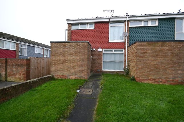 Thumbnail Terraced house to rent in Bray Close, Wallsend
