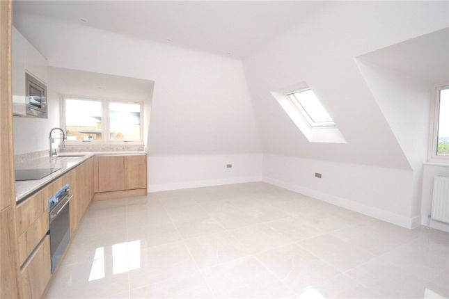 1 bed flat to rent in Torrington Gardens, Bounds Green, London N11