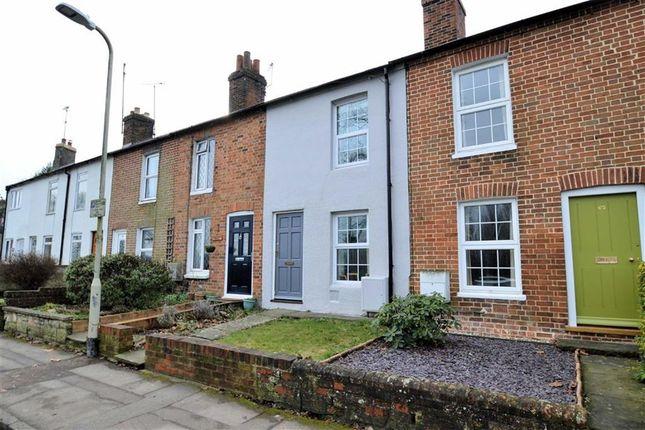Thumbnail Terraced house for sale in Greenham Road, Newbury, Berkshire