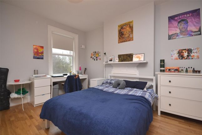 End terrace house to rent in Locksbrook Road, Bath