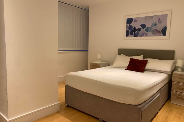 Bedroom of High Street, Slough SL1