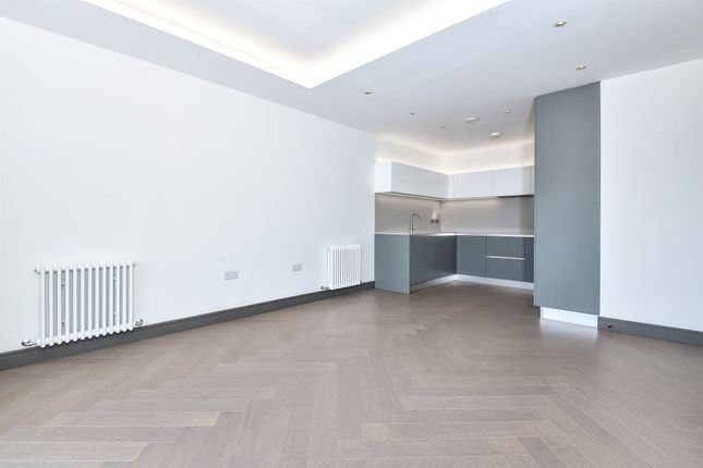 Thumbnail Flat for sale in Brewery Lane, Twickenham
