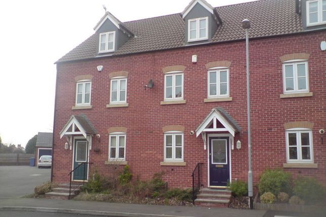 Thumbnail Town house to rent in Spinners Close, Mansfield