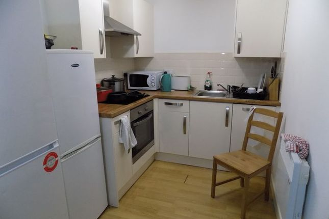 Communal Kitchen of Sunbridge Road, Bradford BD1