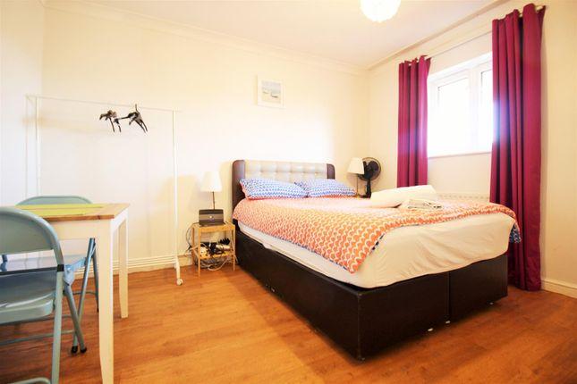 1 bed property for sale in York Way, Copenhagen Street, London N1
