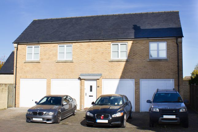 Thumbnail Mews house to rent in Willow Drive, Carterton