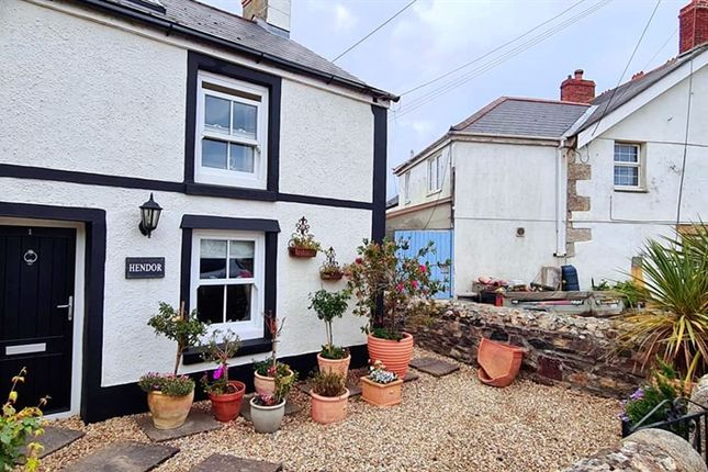 2 bed end terrace house for sale in Trenerth Road, Leedstown, Hayle. TR27