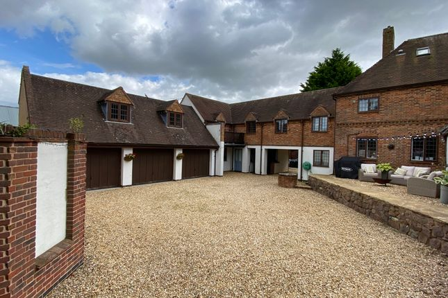 Farmhouse for sale in Bell Street, Claybrooke Magna, Lutterworth