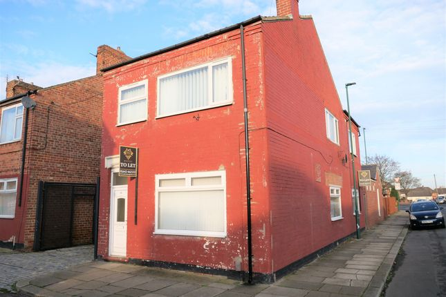 2 bed flat to rent in King Street, Middlesbrough TS6