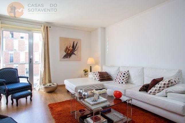 Thumbnail Apartment for sale in Condomínio Da Torre, Lumiar, Lisboa