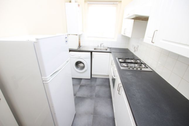 Flat to rent in Lordship Park, London