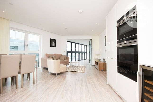 Thumbnail Flat for sale in Wiverton Tower, Aldgate Place, 4 New Drum Street, Aldgate
