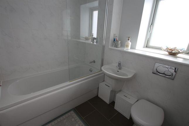 Bathroom of Scribers Drive, Upton, Northampton NN5