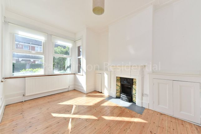 2 bed maisonette for sale in Abbotsford Avenue, Harringay, London