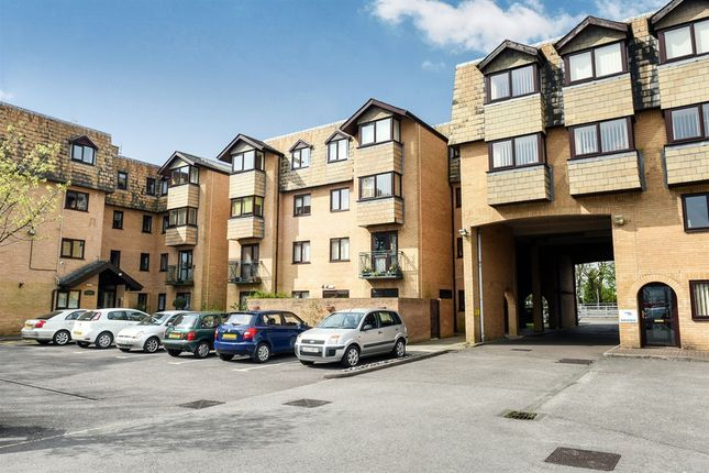 Thumbnail Property for sale in North Road, Cardiff