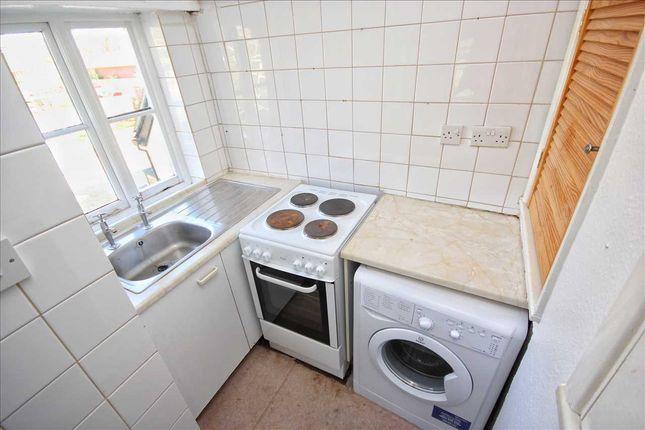 Kitchenette of Hadleigh Hall, Pound Lane, Hadleigh IP7