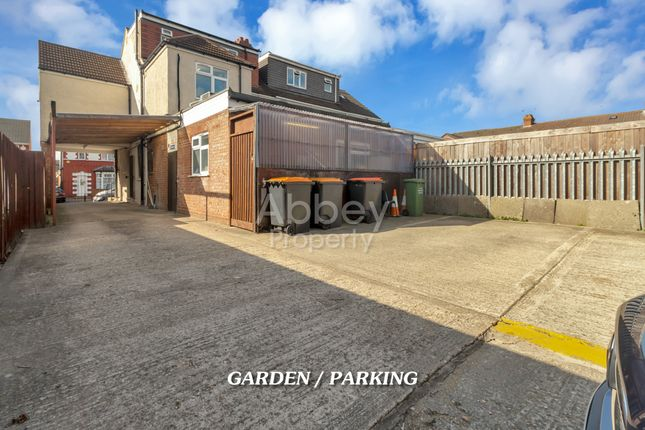 Thumbnail Semi-detached house for sale in Medina Road, Luton