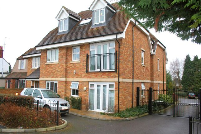 Thumbnail Cottage to rent in St. Albans Road, Watford