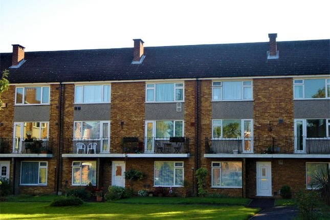 Thumbnail Flat to rent in Coleridge Crescent, Colnbrook, Slough