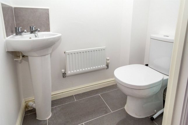 Ground Floor WC of Palm House Drive, Selby YO8