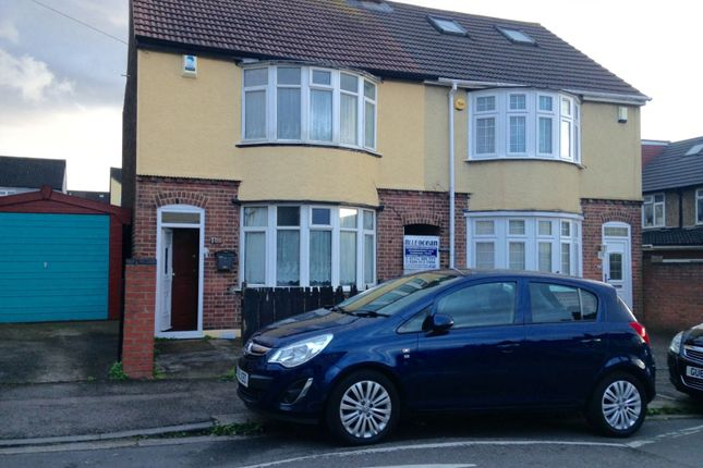 Thumbnail Semi-detached house for sale in Beresford Road, Luton
