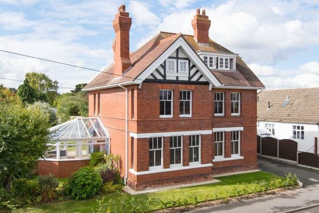 Thumbnail Detached house for sale in Stunning Detached 6 Bedroom House, Three Elms Road, Whitecross, Hereford