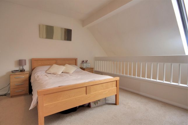 Master Bedroom of Rowe Court, Grovelands Road, Reading RG30