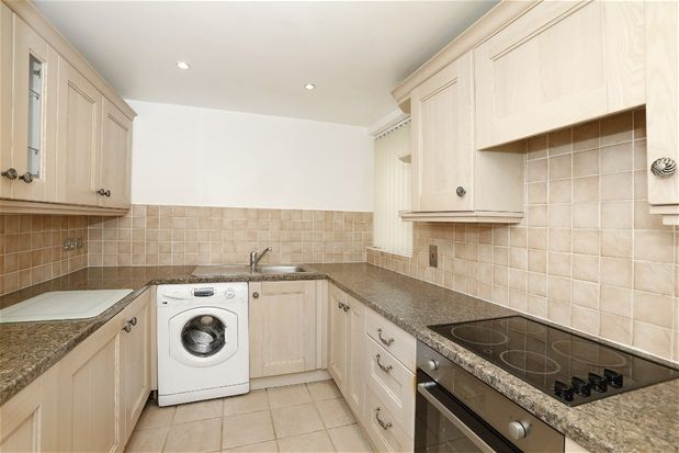 Thumbnail Flat for sale in Homelands Drive, London