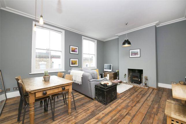 2 bed flat for sale in Wayland Avenue, Hackney