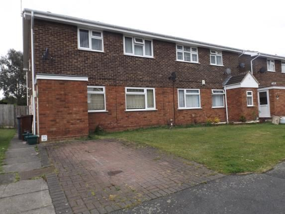 Thumbnail Maisonette for sale in Peach Road, Willenhall, West Midlands