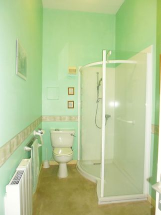 Shower Room of Flat G/01, 23, Mount Pleasant Road, Rothesay, Isle Of Bute PA20