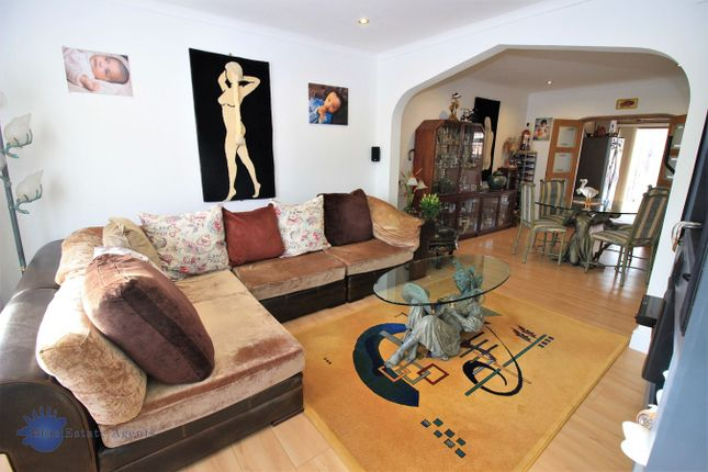 Thumbnail Semi-detached house to rent in Lynmouth Gardens, Hounslow