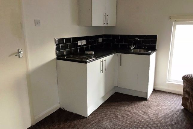 Thumbnail Flat to rent in Peel Road, Liverpool