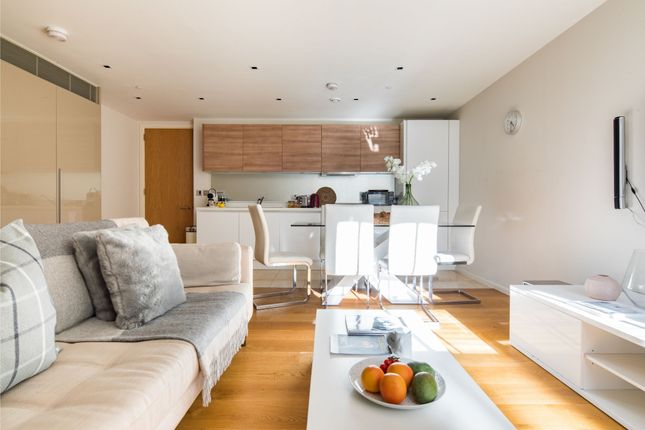 Thumbnail Flat to rent in Salem Road, London