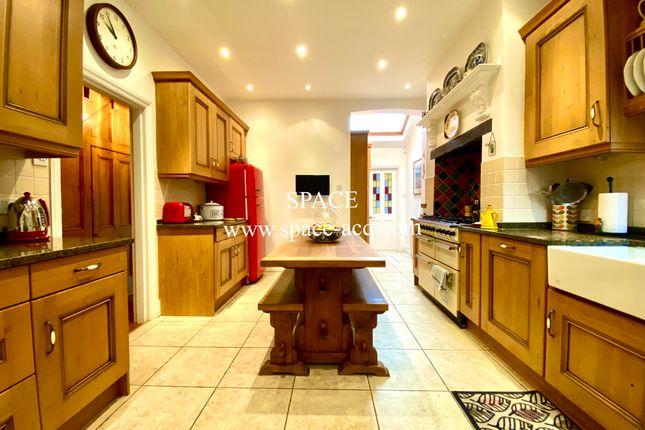 Kitchen of Long Lane, Finchley, London N3