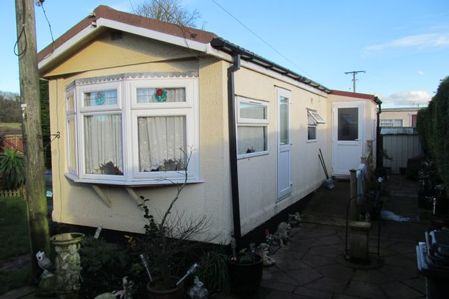 Thumbnail Mobile/park home for sale in Hyattswood Road (Via Oakfield Road), Backwell, Bristol