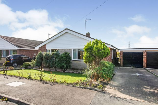 Thumbnail Detached bungalow for sale in Ferndale Drive, Moorends, Doncaster