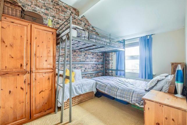 Bedroom 2 of Kings Road, Evesham, Worcestershire WR11