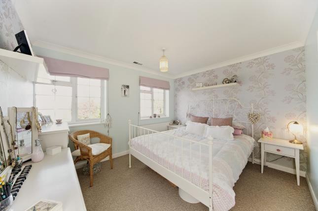 Bedroom 1 of Ridge Langley, South Croydon CR2