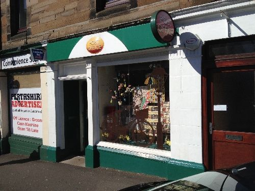 Thumbnail Retail premises for sale in Perth, Perth And Kinross