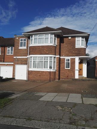 Thumbnail Detached house to rent in Blackwell Gardens, Edgware, Greater London.