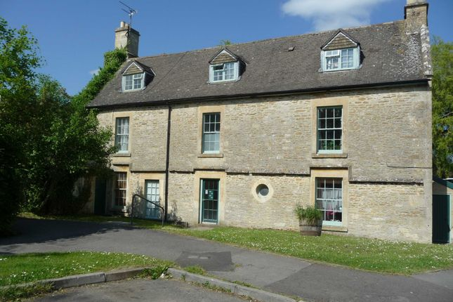 Thumbnail Flat to rent in Westwells, Neston, Corsham