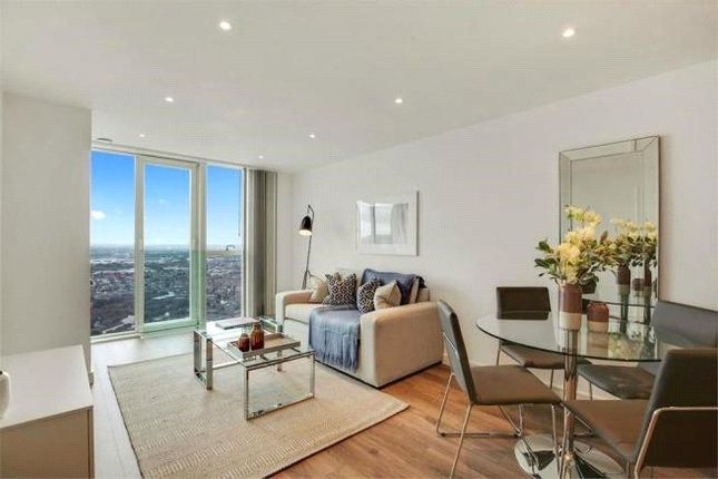 2 bed flat to rent in Pinnacle Apartments, Saffron Central Square, Croydon