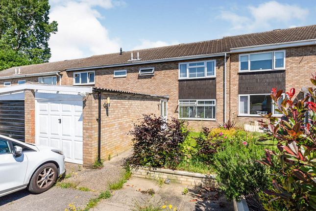 Thumbnail Terraced house for sale in Kyrkeby, Letchworth Garden City